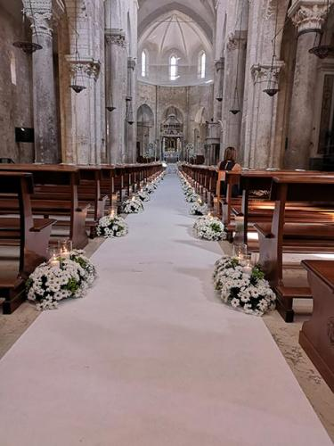 wedding-flower-matrimonio-cattedrale-barletta-margherite-bianche-1