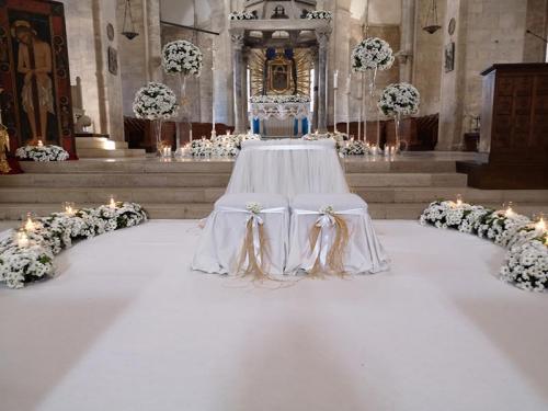wedding-flower-matrimonio-cattedrale-barletta-margherite-bianche-3