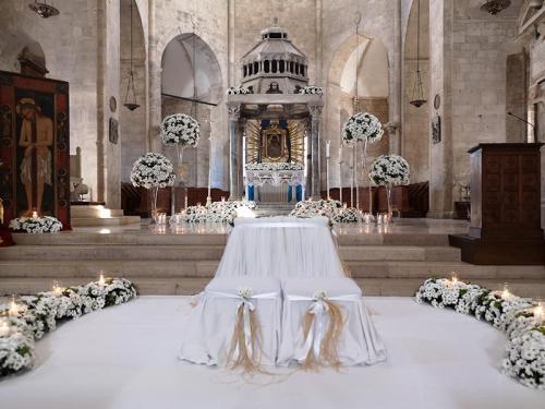 wedding-flower-matrimonio-cattedrale-barletta-margherite-bianche-4