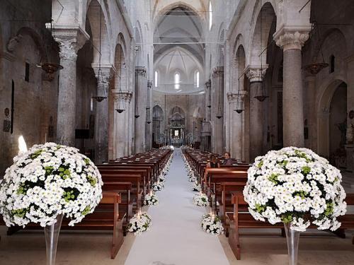 wedding-flower-matrimonio-cattedrale-barletta-margherite-bianche-5